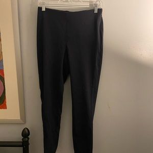 Navy blue ankle trouser
